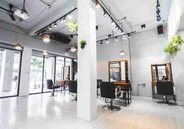 台中髮廊剪髮區